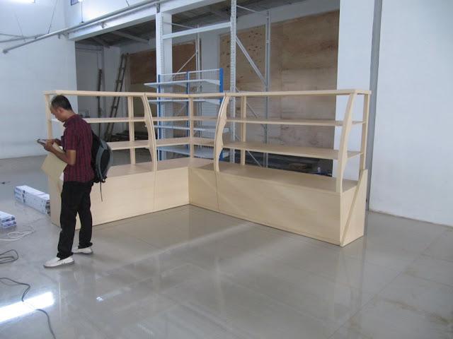 Etalase Display Roti Bakery + Furniture Semarang
