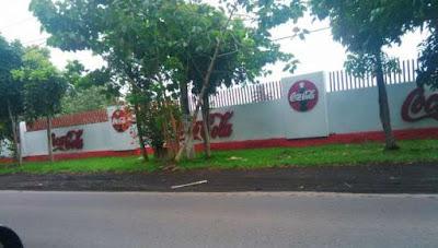 PT. Bangun Wenang Beverage Company yang berlokasi di Jl. Manado-Bitung.