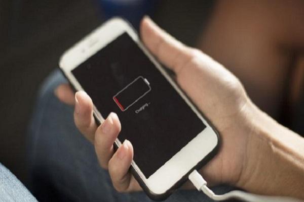 Cara charging baterai handphone yang benar