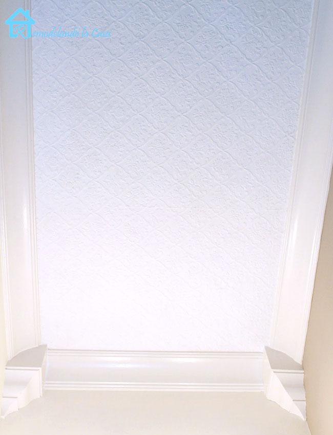paintable textured wall covering - white