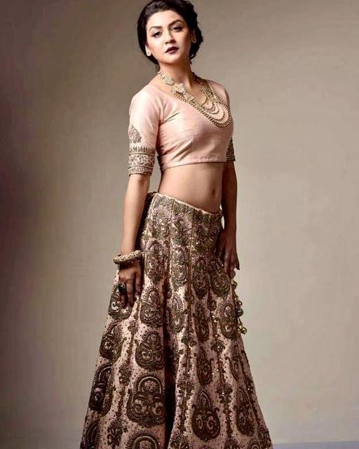 Actress Jaya Ahsan Cleavage and Navel Actress Trend
