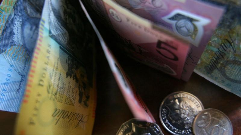 Занятость в Австралии упала еще на 227 700 человек в мае