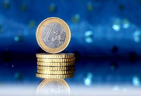 Bambole, non c'è più un euro!