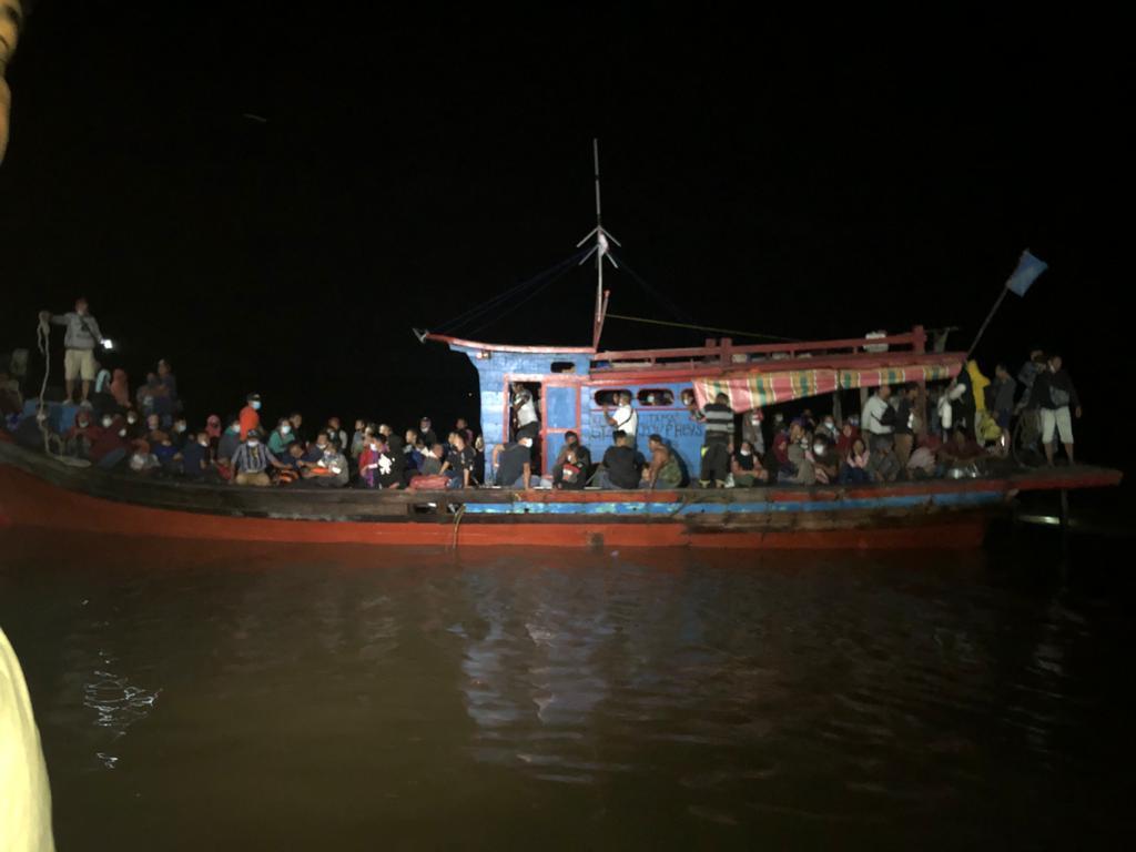 80 Pekerja Migran Ilegal Pulang Dari Malaysia Tertangkap TNI AL di Pulau Jemur