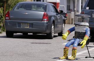 الروبوت الذي وثق في البشر و كانت نهايته مأساوية