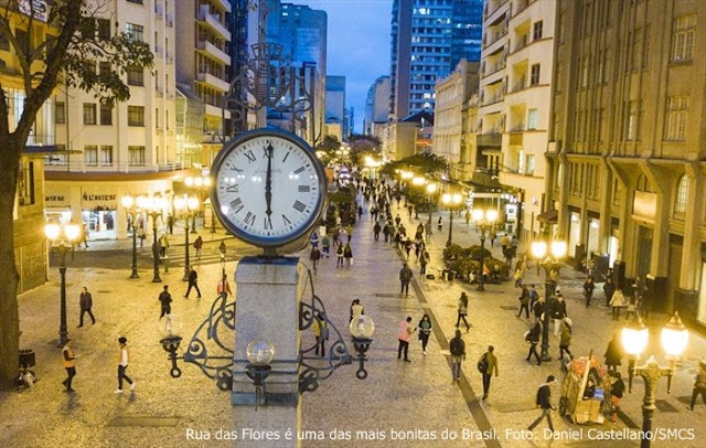 Rua das Flores é uma das mais bonitas do Brasil