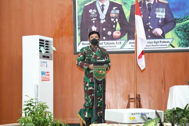 Panglima TNI dan Kapolri Mantapkan Sinergi TNI - Polri di Papua