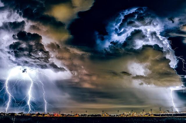 Fenomena Hujan Es Ditinjau Dari Fisika