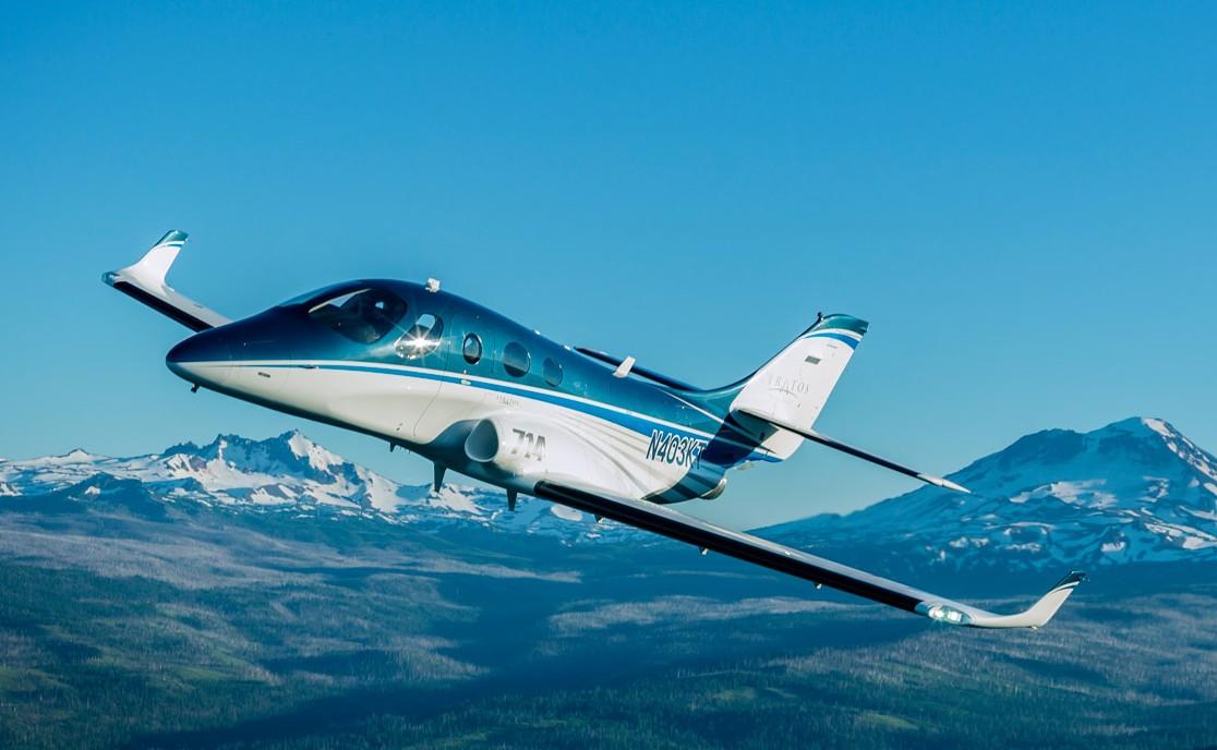 Stratos 714 - A Pilot's Aircraft - YouTube