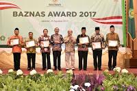 Gubernur NTB Raih BAZNAS  AWARD 2017, Terbaik Nasional