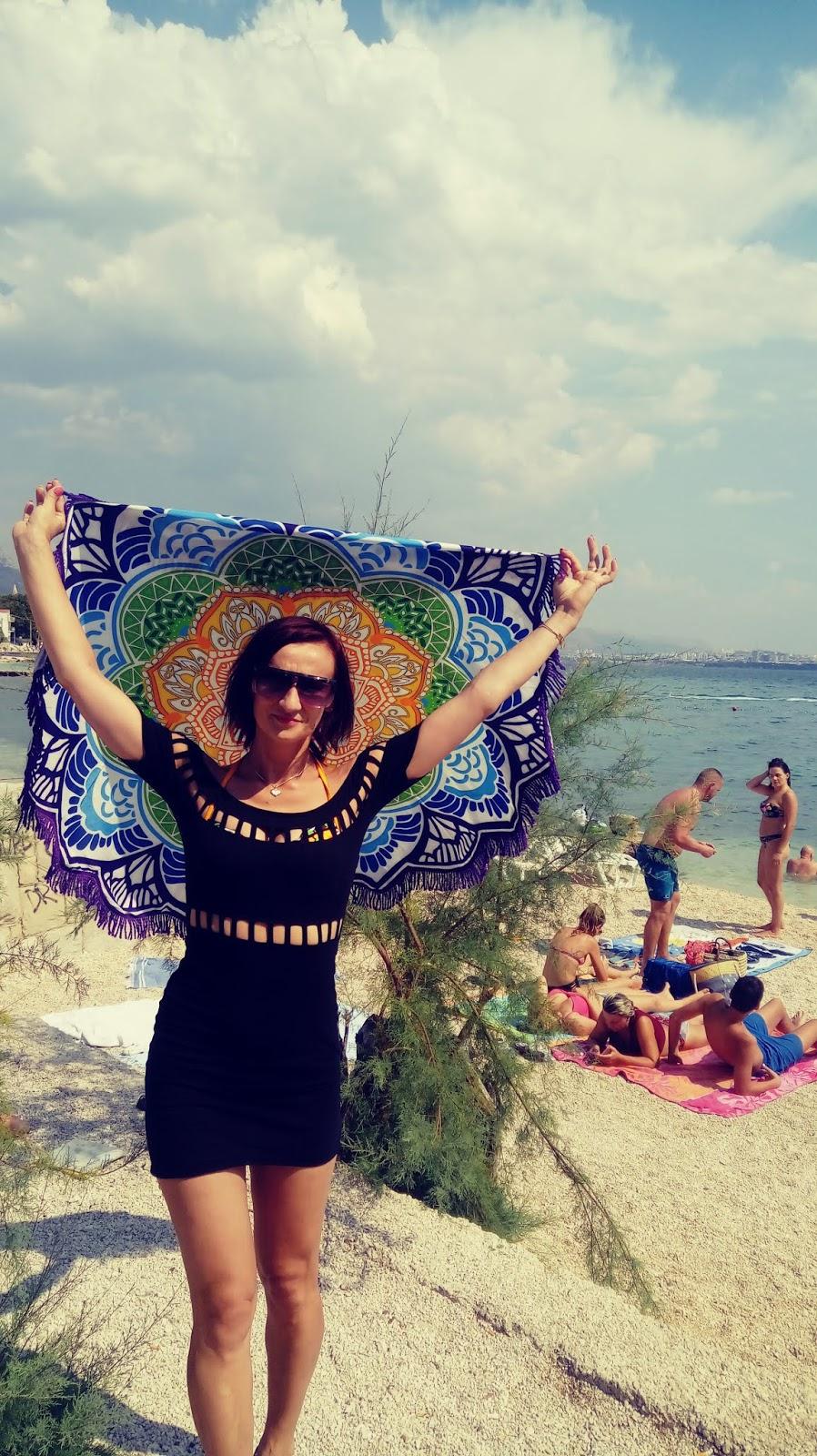 Najpiękniejsze plaże w Chorwacji. Kastel Kambelovac – Lokalne smakołyki  i plaża niedaleko Splitu.