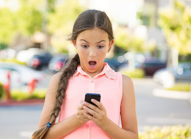 Estudo revela o que jovens fazem no celular; descubra