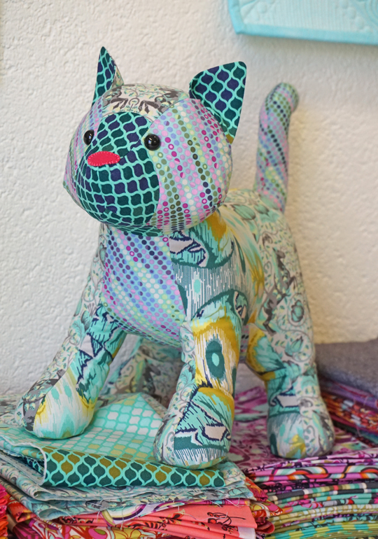 SCHNIG SCHNAG - Quilts and more: Drei mal Miezekatz {Stofftiere ...