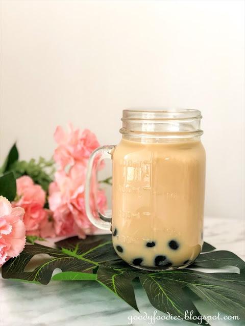 Bubble tea, pearl milk tea, boba tea