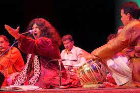 Yaar Ko Hum Ne Ja Baja Daikha Qawwali by Abida Parveen