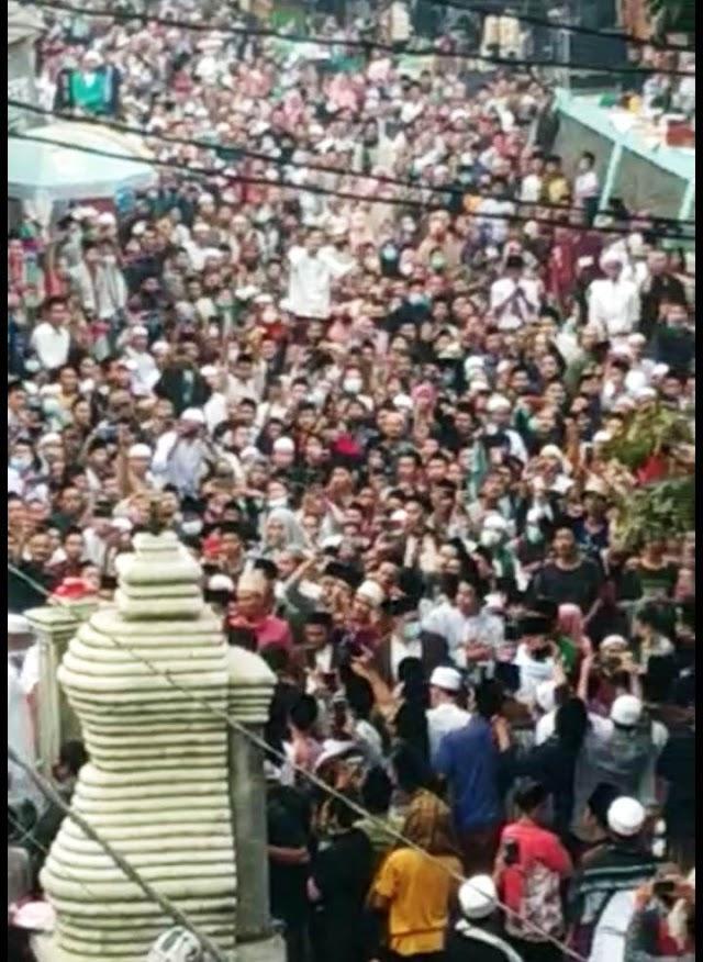 Membludak! Acara Haul Syekh Abdul Qodir Al Jaelani di Banten, Apakah Kapolda Akan Dicopot? Gubernur Banten Akan Diperiksa Polisi?