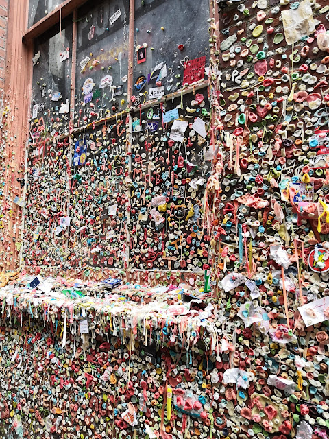 gum wall muro cicche seattle