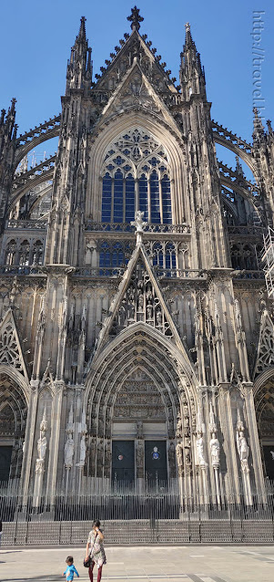 Atyudarini at UNESCO Germany kölner dom