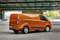 Ford Transit Custom Panel Van (2018) Rear Side