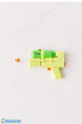 World smallest water blaster 3