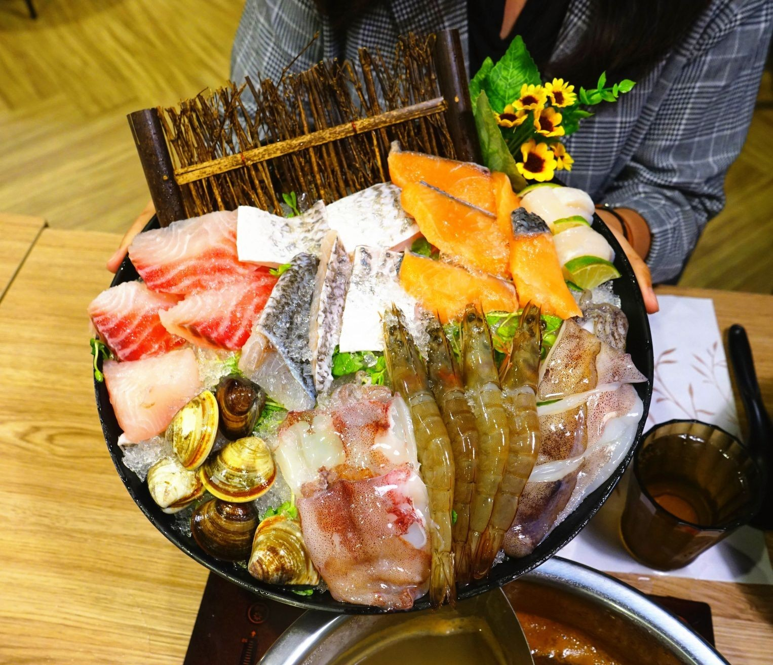 【永和火鍋】高CP氣派雙人綜合海鮮套餐 「柳村火鍋」永和店