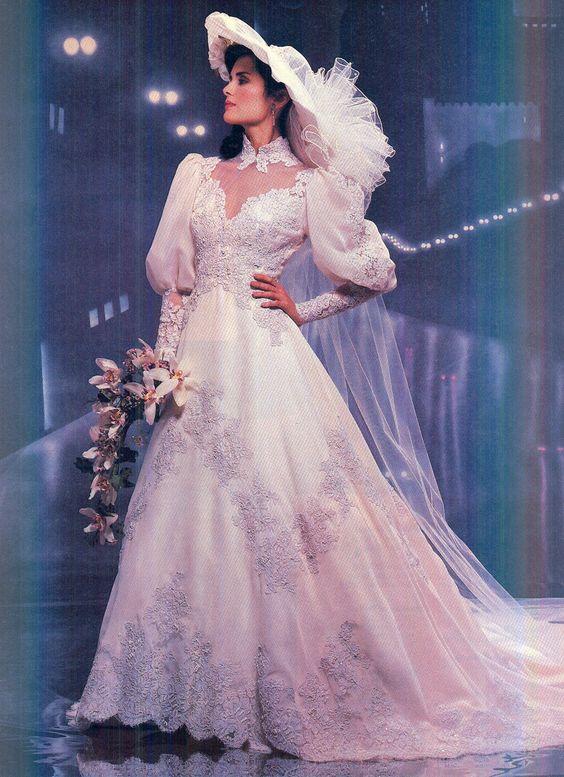 2f547b676bfb5 BRIDE CHIC  BRIDAL DESIGN IN THE 1980s