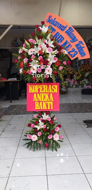 bunga standing surabaya, jual standing flower surabaya, karangan bunga selamat surabaya