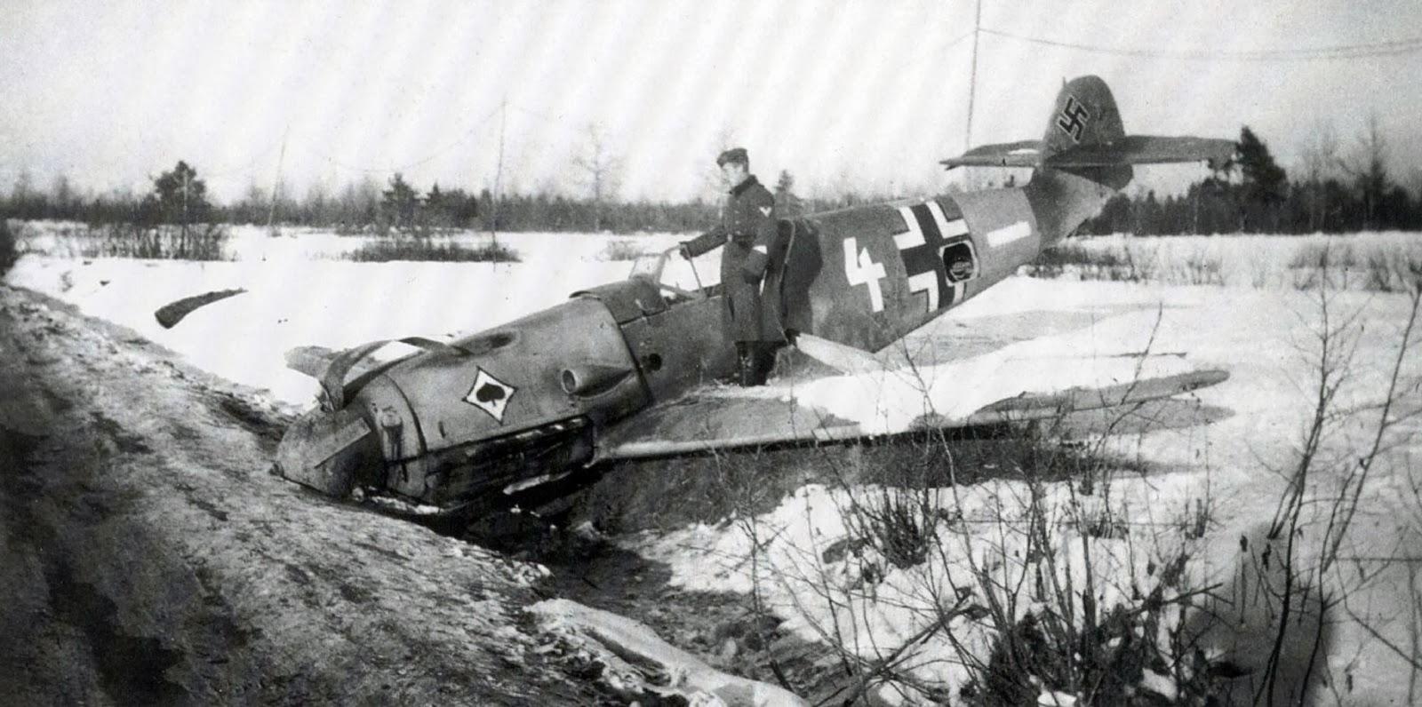 World War II Pictures In Details: Messerschmitt Bf 109 F-4 ...
