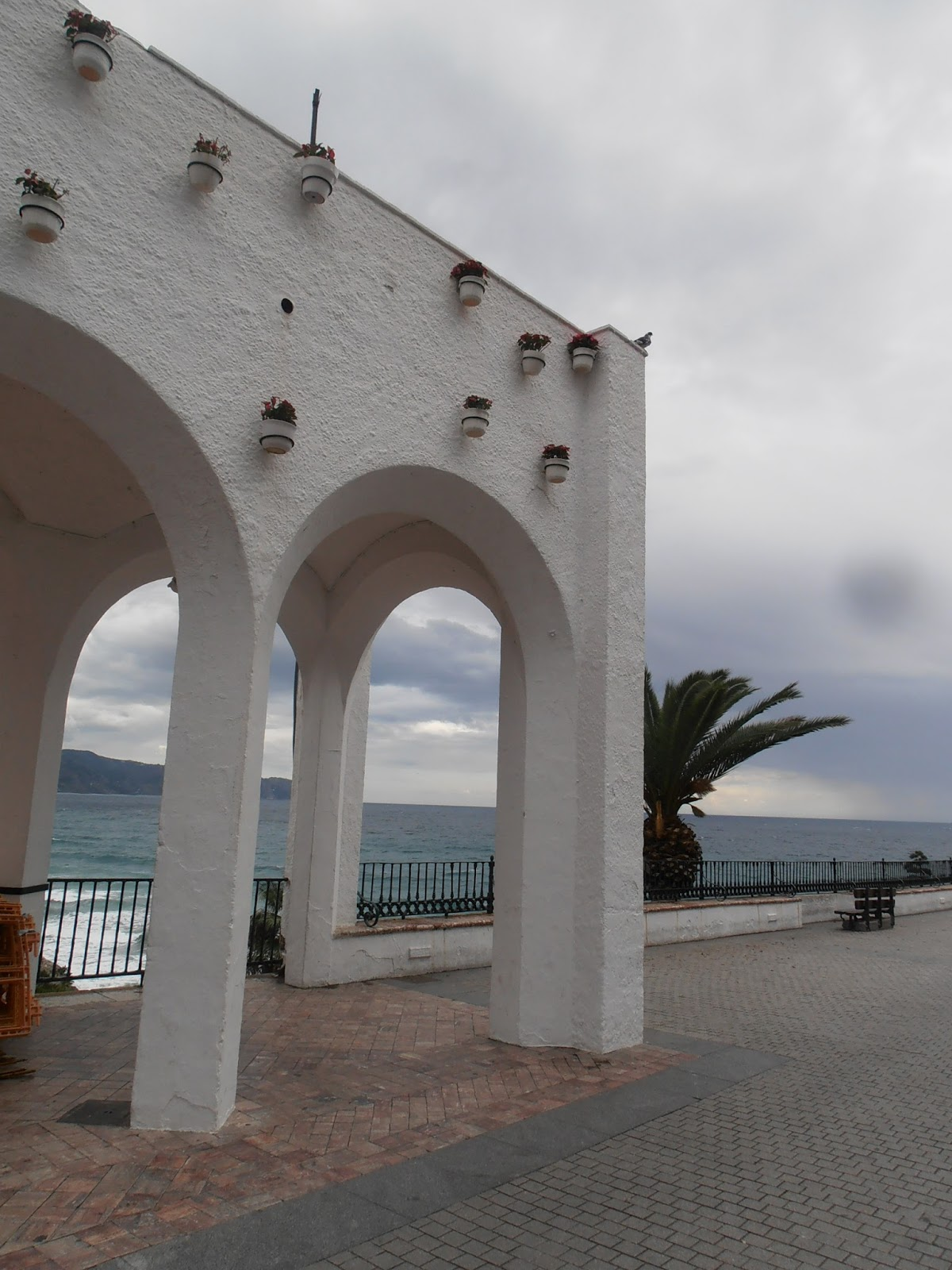 Toboso Apar Turis Nerja A Great Winter Destination Caves Balcony And A Lack Of