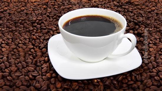 consumidora indenizada encontrar larvas cafe soluvel