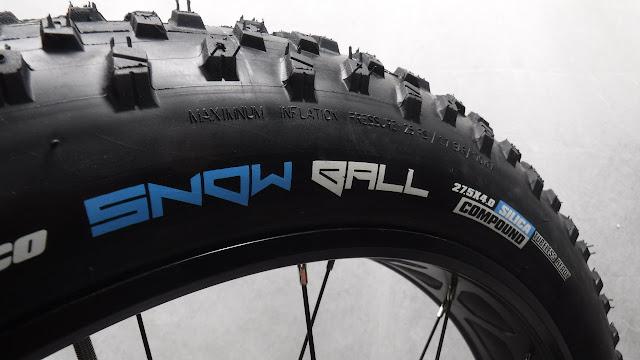 Vee Tire Snow Ball Fat Bike Tire 27.5 x 4 Fatbike Republic Fat Bike Fatbike Newfoundland