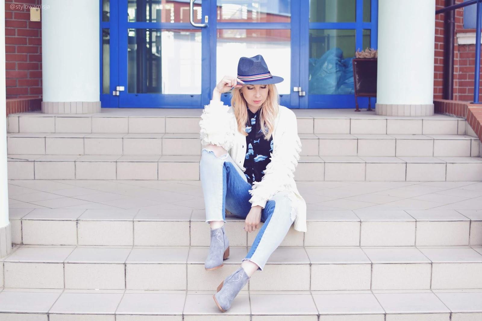 bonprix, bonprix.pl, botki, casual, jeansy, kapelusz, kowbojki, moda, stylizacja, sweter, szaleo, trendybutypl, wiosna,