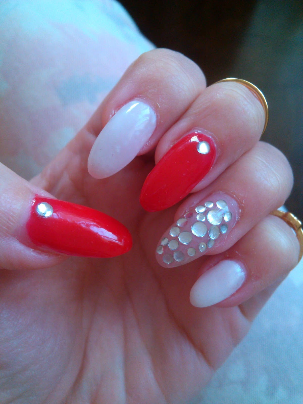 stiletto nails, red and white stiletto nails, stiletto nails with rhinestones,