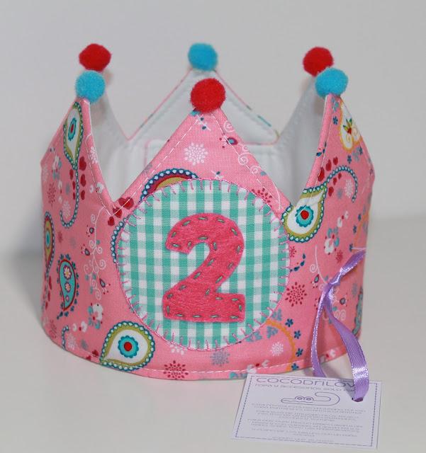 corona de cumpleaños 2 años peppa pig