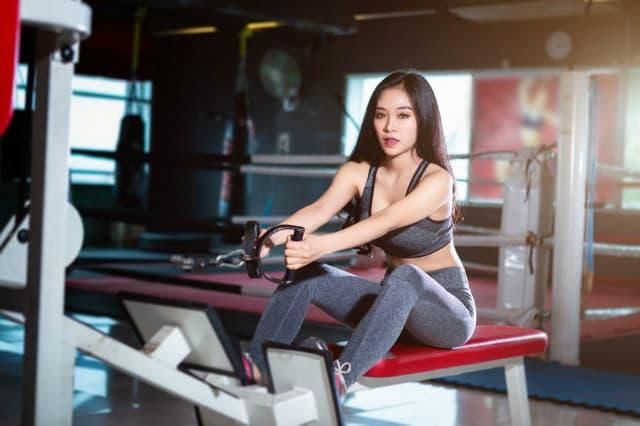 dây kéo lưng tập gym