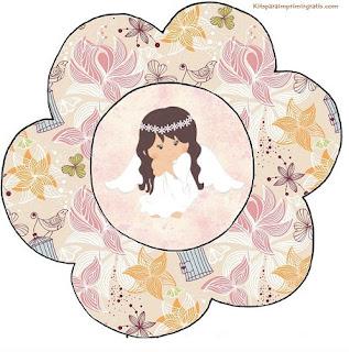 Angel in Vintage Garden Free Printable Flower Invitations.