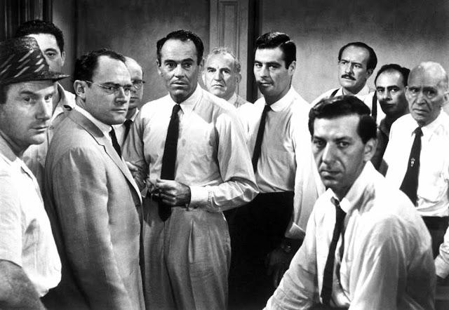 أفلام الغرف المغلقة.. مجموعة أفلام دارت أحداثها في مكان واحد فقط 12 angry men