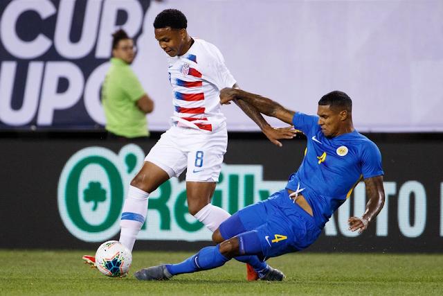 Hoa Kỳ lọt vào Bán kết Cúp vàng lần thứ 10 liên tiếp 2