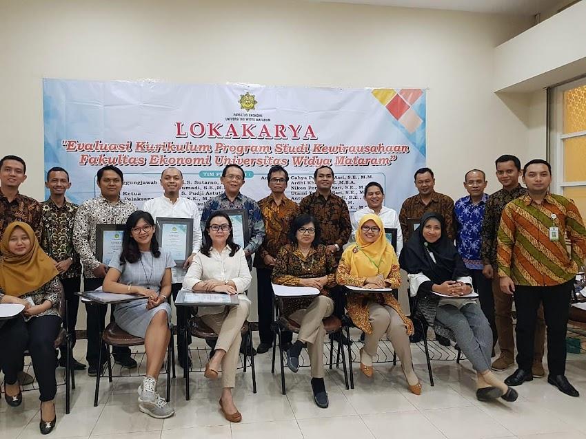 Lokakarya Prodi Bisnis Kewirausahaan Siap Hadapi Tantangan Bisnis dan Sesuaikan Perkembangan Milenial