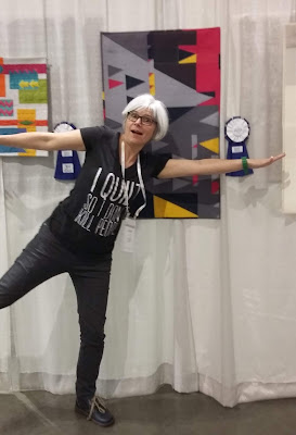 Luna Lovequilts - Quiltcon 2019 - Second prize in Small Quilts category for Double sens