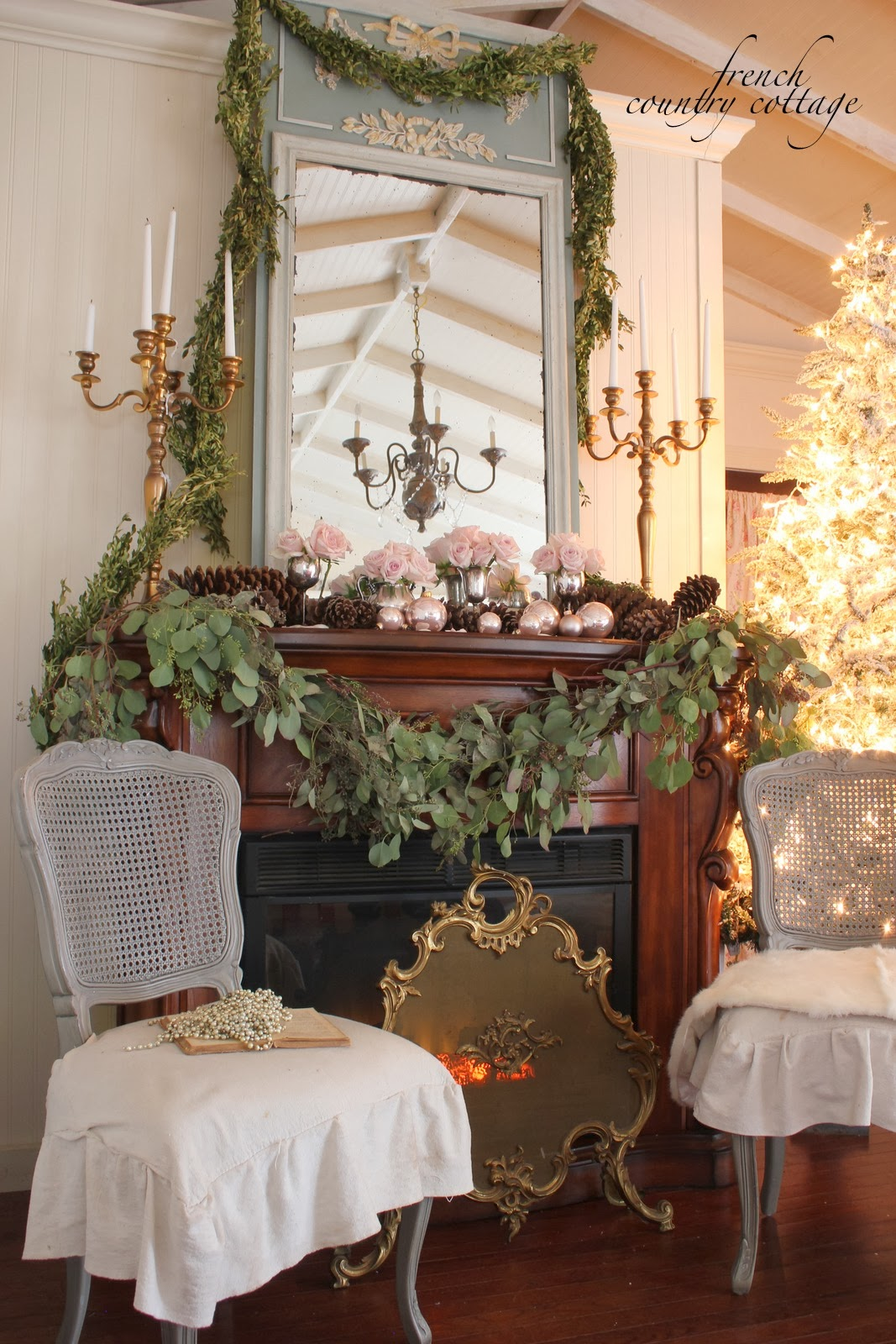 Decking The Halls Holiday Housewalk Home Tour French