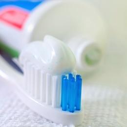 Recettes naturelles pour dentifrice