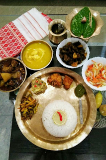 Are you planning for Sunday special lunch menu? Here is an guide for you. I have  tried to prepare this menu with the available ingredients and vegetables found in the month of May. As Assam is in a complete lock down due to pandemic Covid 19, it becomes very difficult to obtain and purchase food items. As pigs are dying due to some unknown disease and therefore there is a ban on eating pork. Chicken and mutton are also not easily available. People are also getting fear to eat river fish. So it is better to eat home grown herbs and greens.