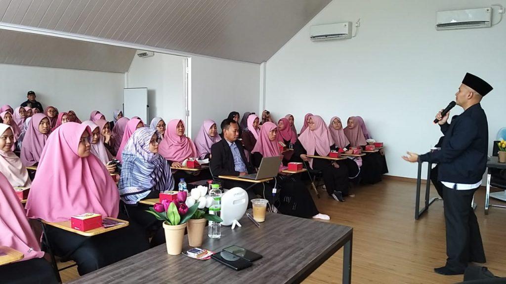 Prospek Kerja Manajemen Bisnis Syariah
