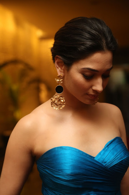 Actress Thamanna Latest Hot Photos