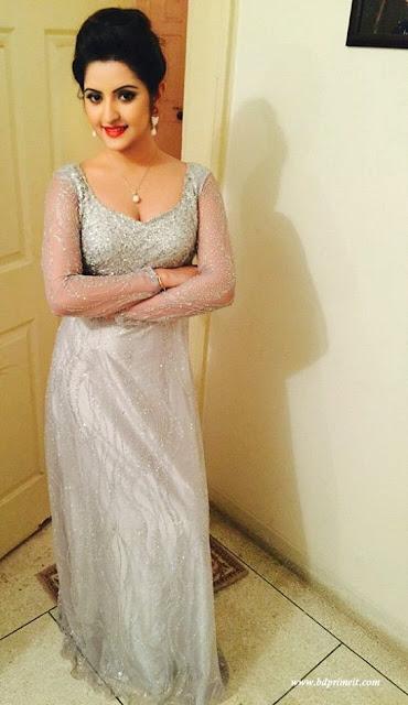 Actress Pori Moni Cleavage and Navel Actress Trend