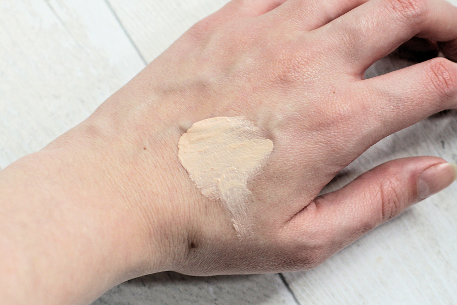 PHB Ethical Beauty Botanical BB Cream in Porcelain Swatched