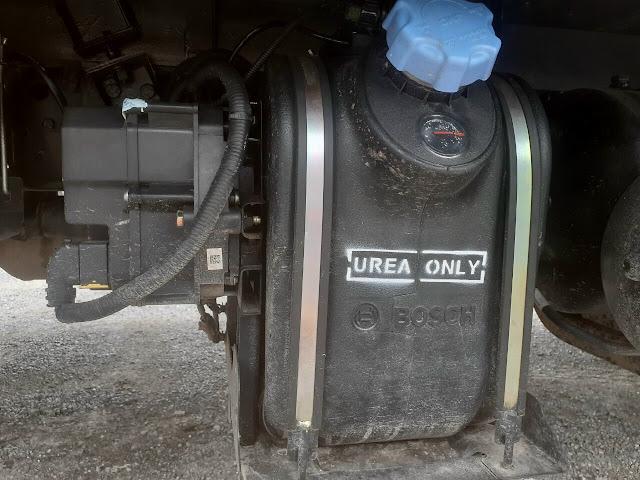 Xe tải 5 tấn IZ500 sử dụng dung dịch Ure