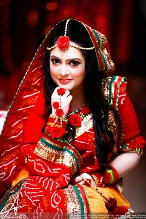 Flower Jewellery For Mehndi Uk : Floral jewellery at weddings