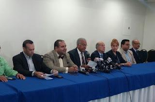"""Bloque Opositor ratifica que el Presidente Medina es quien ha preseleccionado """"su junta"""" que pretende legalizar en el Senado."""